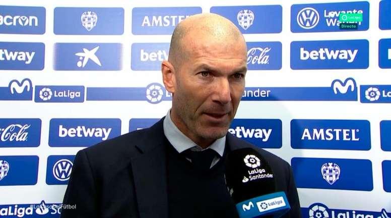 Zidane no parecía optimista con Hazard. Movistar+