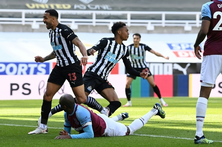 Newcastle lost a two goal lead, but then beat West Ham 3-2. AFP