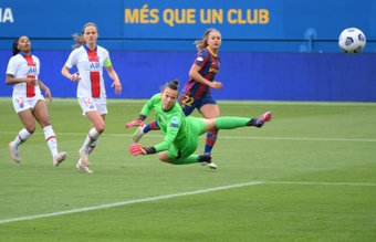 Lieke Martens got both of Barca's goals in the semi-final second leg v PSG. AFP