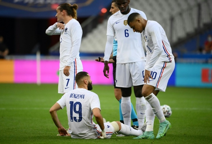 Benzema left the field injured against Bulgaria. AFP