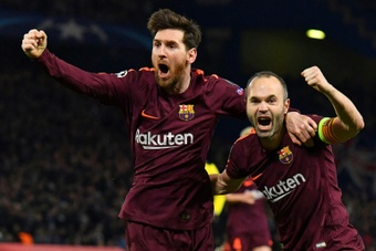 Iniesta on Messi with PSG shirt. AFP