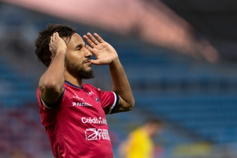 Subs steal show from Aubameyang and Salah in dramatic draw. AFP