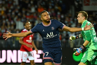 PSG repeat 4-2 win on Ligue 1 matchday 3. AFP