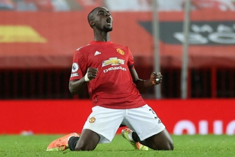Man Utd's Bailly signs new three-year contract