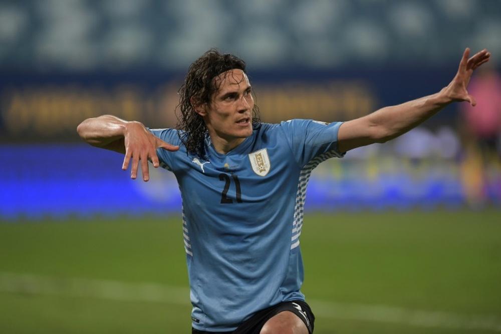 Cavani helps Uruguay into Copa quarters, Bolivia on brink