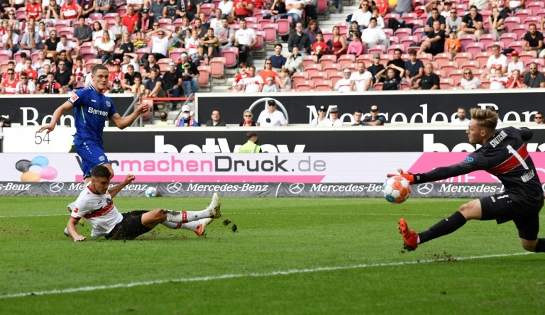 Teenager Wirtz inspires 10-man Leverkusen to win at Stuttgart