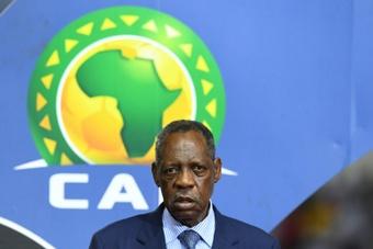 La FIFA suspend un an l'ancien président de la CAF Issa Hayatou. AFP