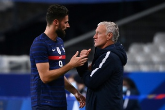 Giroud 'surpris' par sa non-sélection, dont il n'a pas été mis au courant. AFP