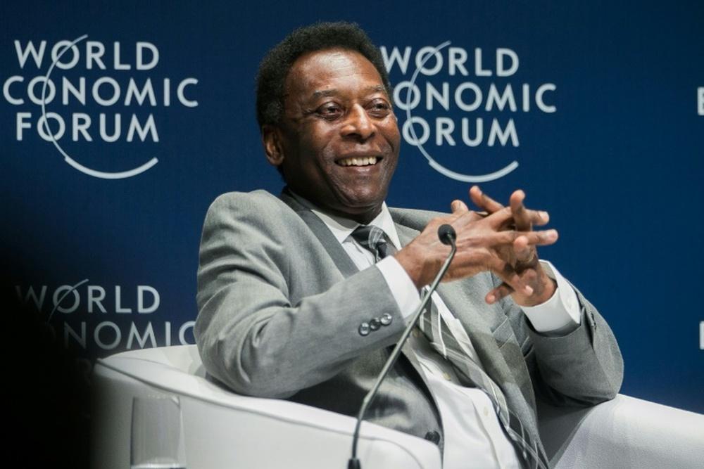 Brésil: Pelé est sorti des soins intensifs. afp