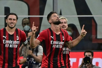 Giroud conquiert San Siro, Milan se balade. afp