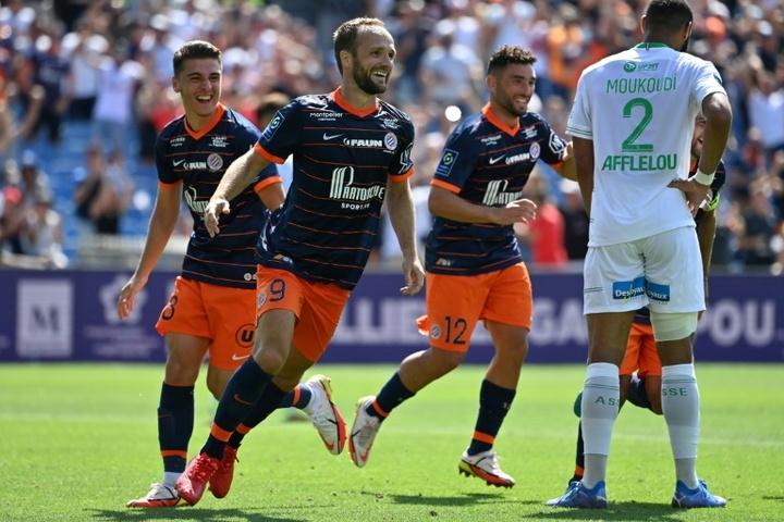 Montpellier étouffe Saint-Etienne et lance sa saison. afp