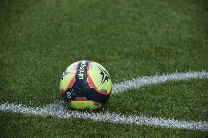 Toulouse creuse l'écart sur Nîmes en tête du classement. afp