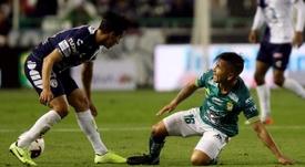 Leon no tiene piedad de Pachuca. EFE/Luis Ramírez