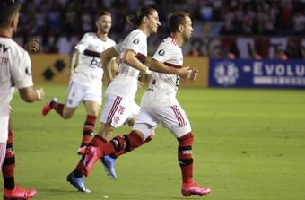 El vértigo de Flamengo se impone en Barranquilla.  EFE/Jorge Payares