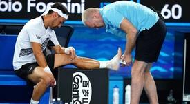 El tenista italiano Fabio Fognini ha decidido operarse de los dos tobillos que le habían ocasionado molestias en los últimos años, aprovechando el parón en el circuito debido a la pandemia. EFE/EPA/SCOTTBARBOUR/Archivo