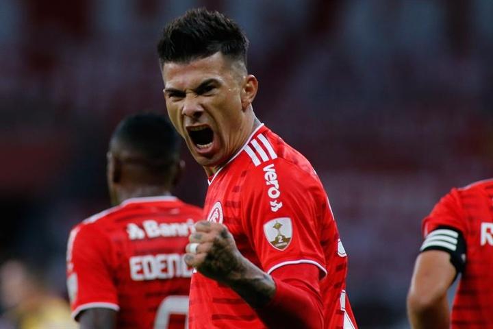 Internacional recupera terreno goleando a Deportivo Táchira. EFE