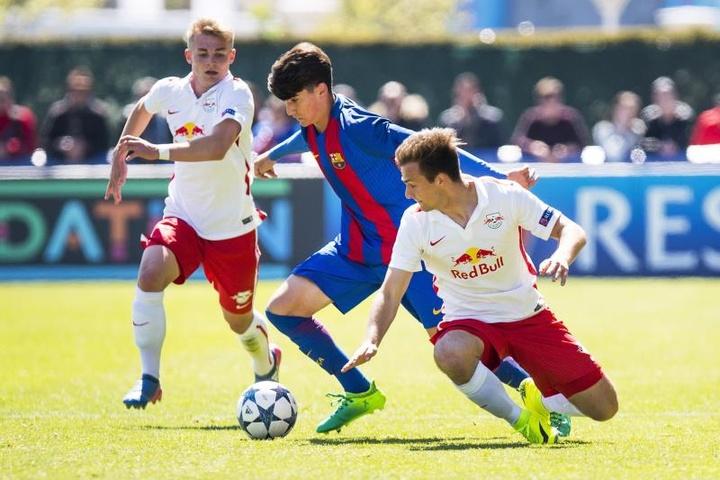 El Barça B ya está en la lucha por el ascenso. EFE