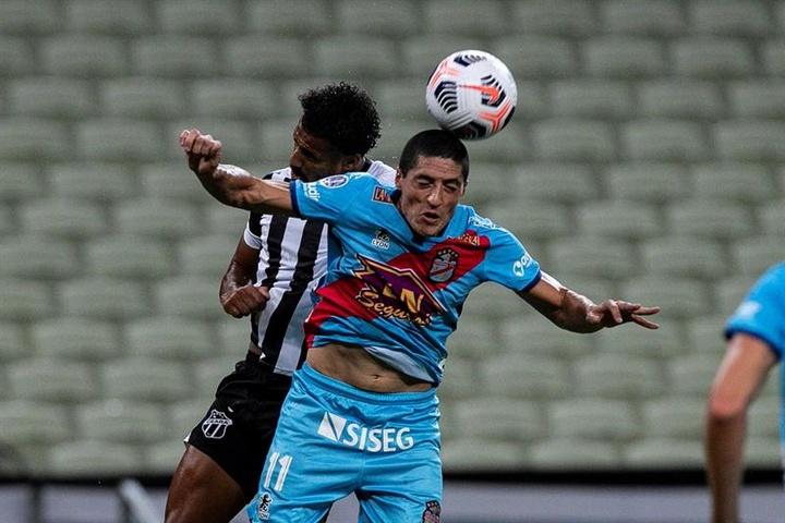 Ceará y Arsenal deciden echarle aún más picante a su grupo. EFE