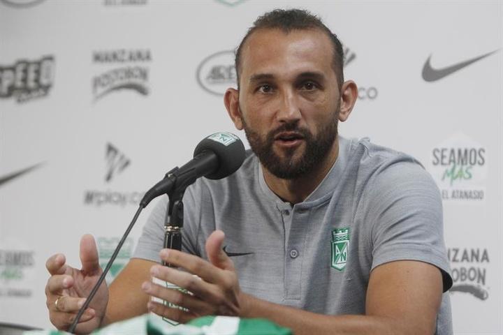 Hernán Barcos, clave para Alianza Lima. EFE