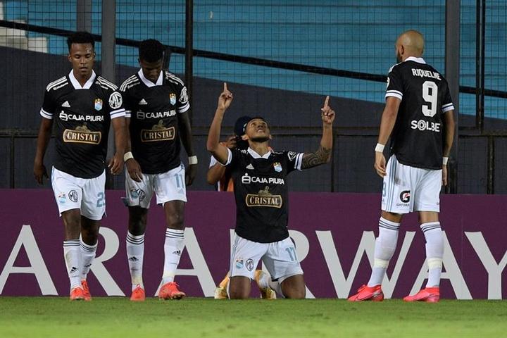 San Martín, clasificado para la Primera Fase de la Liga Peruana. EFE