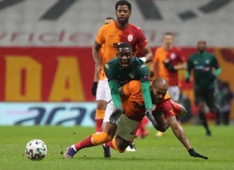 Los clubes turcos limitarán el número de extranjeros. EFE