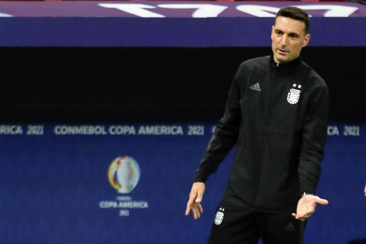 Scaloni confirmó a Lo Celso como titular y a Pezzella si no llega Cristian Romero. EFE