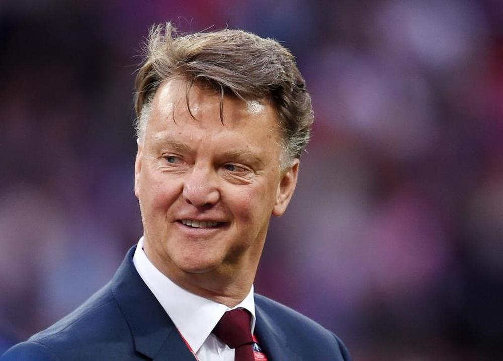 Van Gaal, retirado, podría regresar a los Países Bajos. EFE