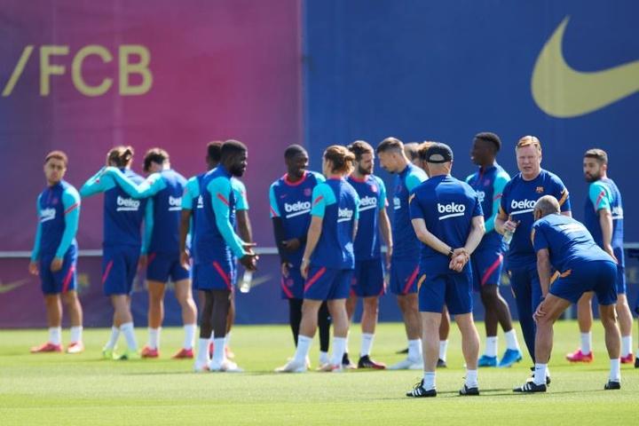 El Barça B arrancó la preparación de la campaña 2021-22. EFE