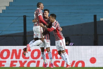 Sao Paulo se impuso a Racing Club. EFE