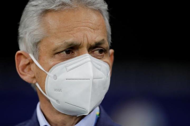 Rueda llama al central Andrés Llinás para juegos de Colombia en eliminatorias. EFE