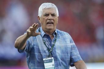 Julio Comesaña dirigirá por cuarta vez a Independiente Medellín. EFE