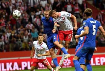 Polonia empató a uno contra Inglaterra en Varsovia. EFE