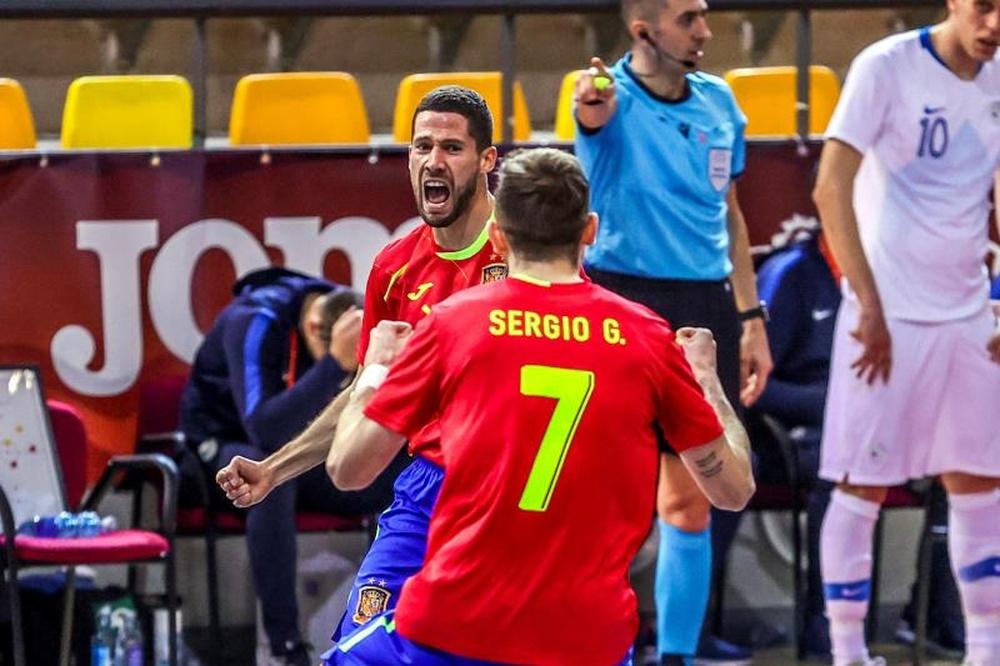 España inicia de forma autoritaria su camino en el Mundial. EFE/Juanjo Martín