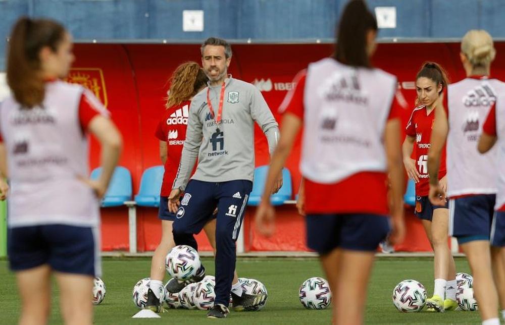 España arrancará su camino a Australia y Nueva Zelanda 2023 jugando contra Islas Feroe. EFE/Archivo