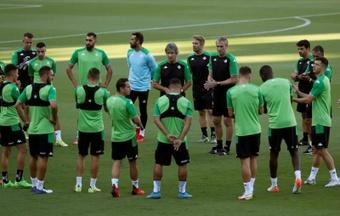 Betis-Espanyol, un duelo clave para ambos equipos. EFE