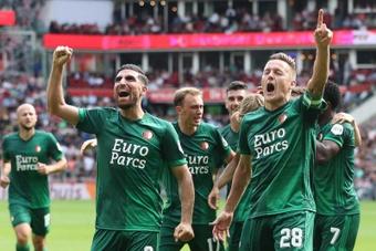El Feyenoord ha ganado 0-4 al PSV en Eindhoven. EFE/EPA