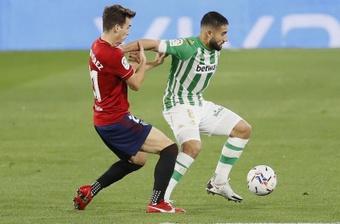 Pulso de ambición entre Osasuna y Betis. EFE