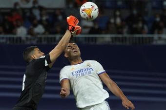 Rulli espera que jueguen igual de bien ante el United que ante el Madrid. EFE