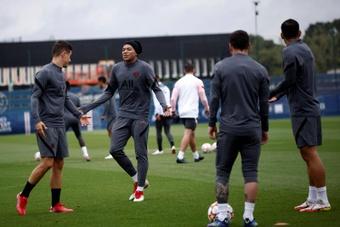 Mbappé y Neymar, a acabar con los rumores. EFE
