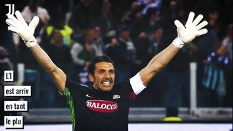 La carrière légendaire de Buffon à la Juventus. dugout