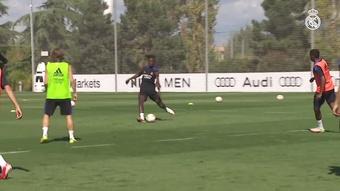 Veja o último treino do Real Madrid antes de encarar o Valencia. DUGOUT