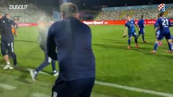 VIDÉO : le Dinamo Zagreb remporte le titre 2020-21. Dugout