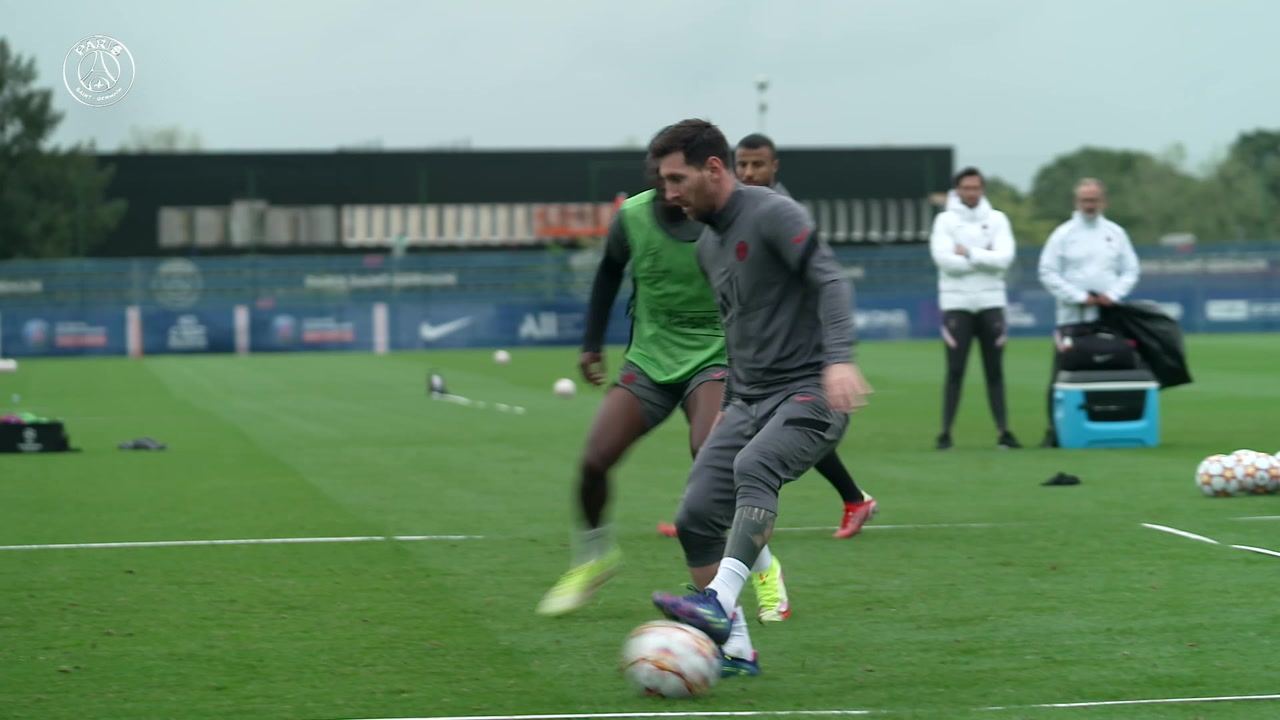 VIDEO: Messi's training session ahead of Man City game