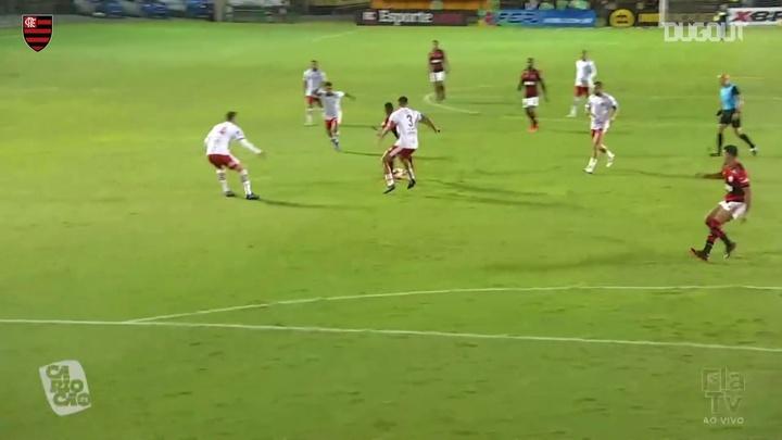 Le joli but de Gabriel Barbosa contre Bangu. dugout