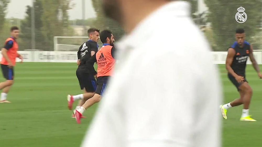 Le Real Madrid s'apprête à débuter la Ligue des Champions. Dugout