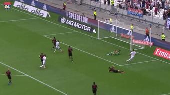 Le superbe but collectif de Paquetá contre Clermont. Dugout
