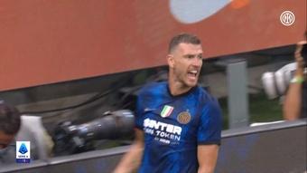 Il gol all'esordio di Dzeko con l'Inter. Dugout