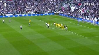 La manita della Juve alla Samp nell'ultimo giorno della stagione. Dugout