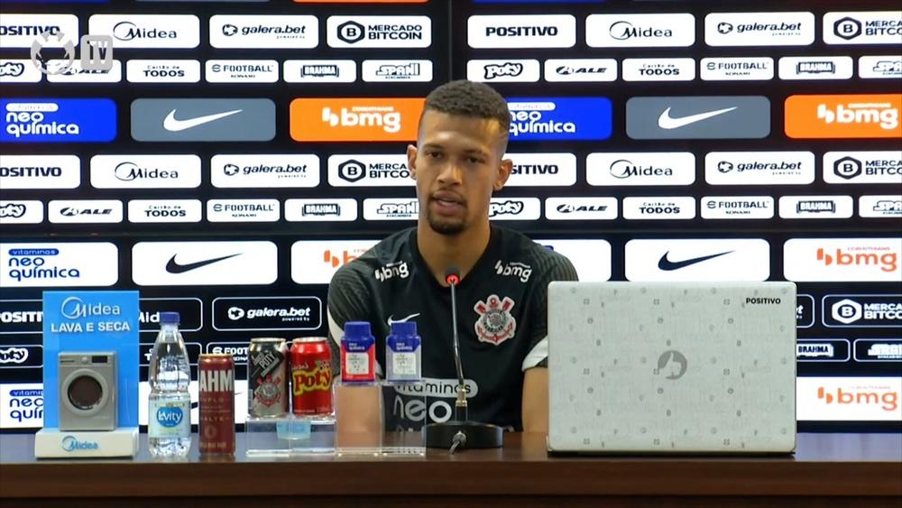 João Victor comenta possível estreia de WIllian pelo Corinthians. DUGOUT