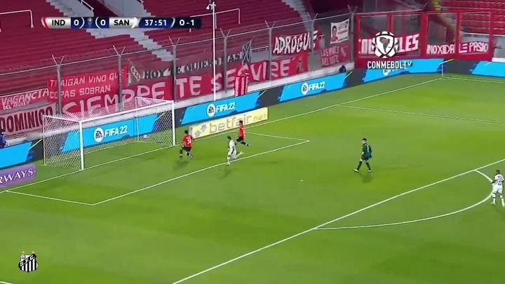 Kaio Jorge marca no empate do Santos contra o Independiente. DUGOUT